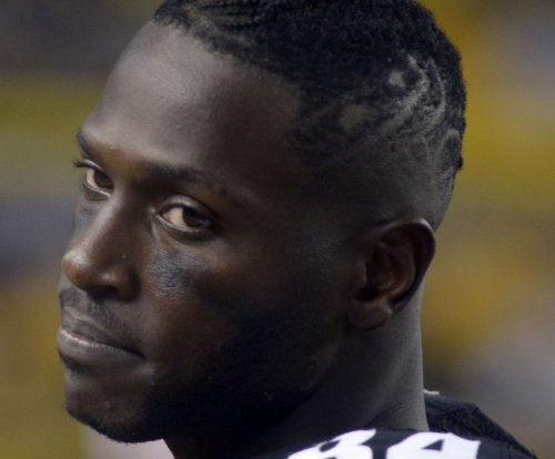 """Antonio Brown changes his name to """"Ronald"""""""