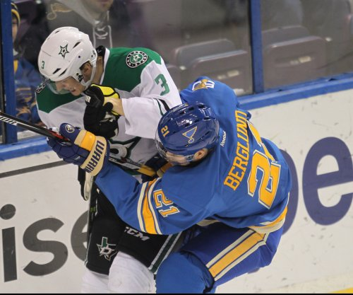 Patrik Berglund, Paul Stastny help St. Louis Blues edge Dallas Stars