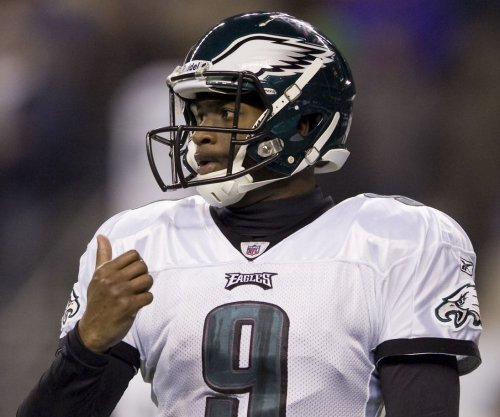 Former NFL QB Vince Young released by CFL's Saskatchewan Roughriders after injury