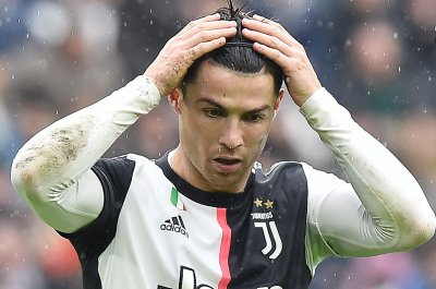 Champions League soccer: Juventus' Cristiano Ronaldo ruled out vs. Barcelona
