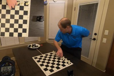 Idaho man sets up chess board in 30 seconds for Guinness record