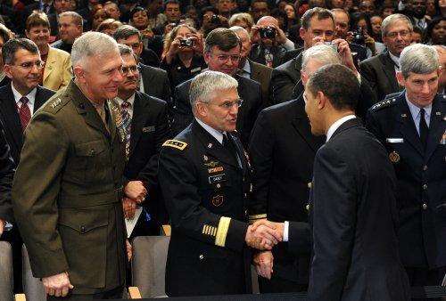Obama dedicates Defense U.'s Lincoln Hall