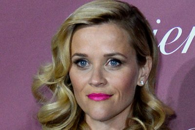 Reese Witherspoon drops out of 'Downsizing,' Kristen Wiig takes over