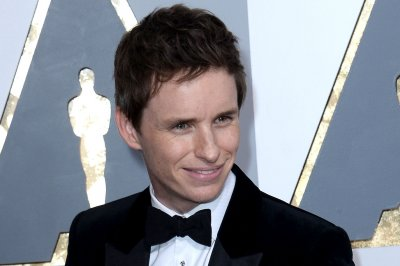Eddie Redmayne to debut 'Fantastic Beasts' footage during MTV Movie Awards