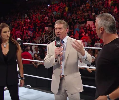 Vince McMahon announces new commissioners of Raw and Smackdown Live