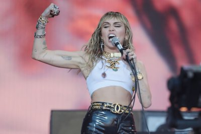 Miley Cyrus to perform 'Slide Away' at MTV VMAs 2019