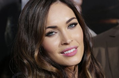 Megan Fox says Michael Bay never 'preyed upon' her