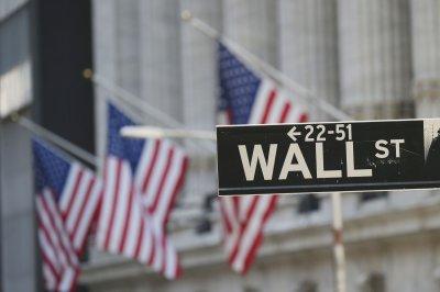 Tech stocks drag down U.S. markets amid surge in bond yields