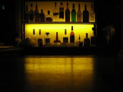 Small amount of alcohol linked to smaller, premature babies