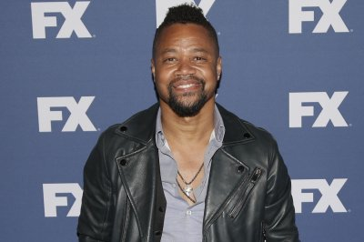 Cuba Gooding Jr. says he cried over murder of cop he met in Dallas