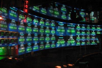 S&P 500, NASDAQ hit record highs as oil, tech climb