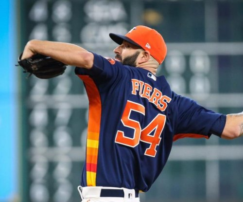 Houston Astros beat Minnesota Twins behind Mike Fiers' strong start