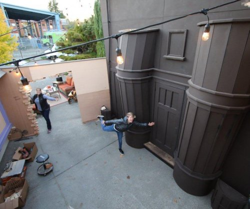 Seattle dad builds Harry Potter's Diagon Alley for Halloween