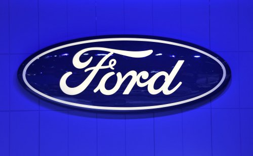 Auto Outlook: Ford takes a dive in CR reliability survey, Toyota rules