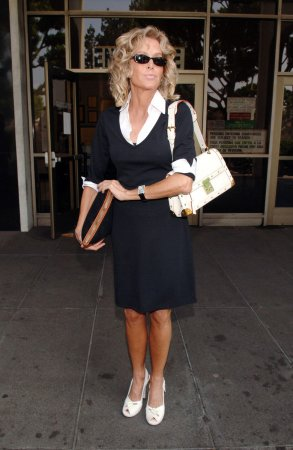 Farrah Fawcett portrait at center of legal brawl
