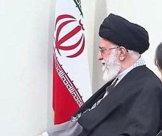 Putin, Khamenei pledge to oppose 'external attempts' to overthrow Assad regime