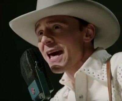 Tom Hiddleston stars as Hank Williams in 'I Saw the Light' trailer