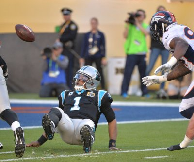 Super Bowl 50: First-quarter key plays