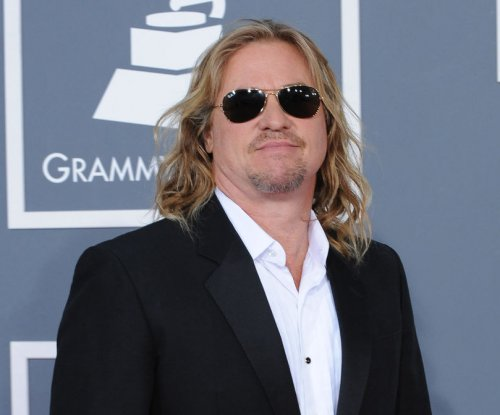 Val Kilmer says he's 'healing' after cancer battle