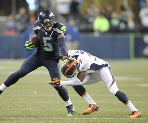 Denver Broncos sign CB Chris Lewis-Harris after waiving cornerback Taurean Nixon