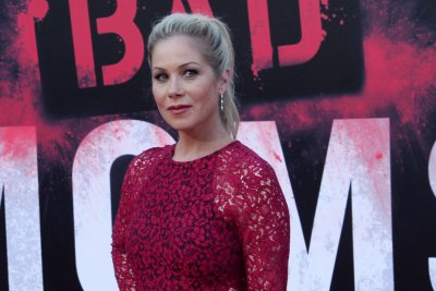 Christina Applegate spent Father's Day at daughter's 3-hour dance recital