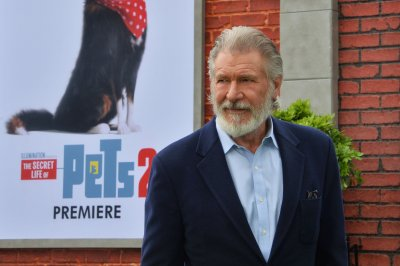 Harrison Ford asks dog to go on an adventure in 'Call of the Wild' trailer