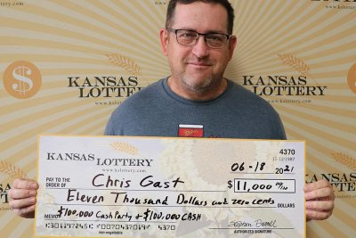 Man collects total $11,000 from two scratch-off lottery tickets