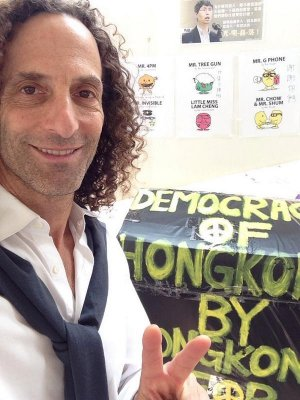China critical of Kenny G's pro-democracy stance