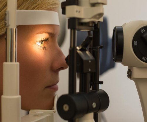 New eye test on smartphone is as accurate as paper test