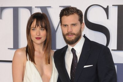 'Fifty Shades of Grey' sequel lines up new director