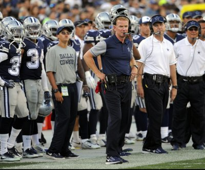 Dallas Cowboys coach Jason Garrett won't rule Tony Romo out of opener
