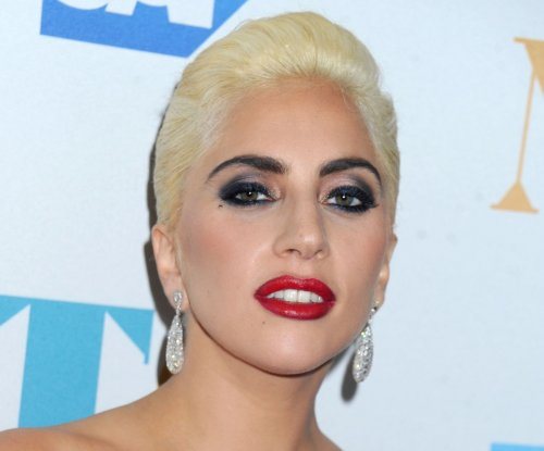 Lady Gaga to perform at 2016 American Music Awards