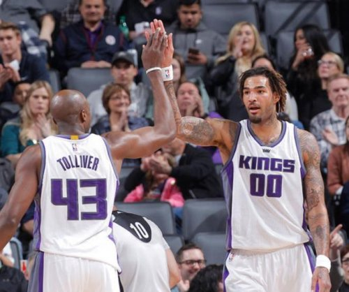 Watch: Willie Cauley Stein nearly topples 'Stifle Tower'