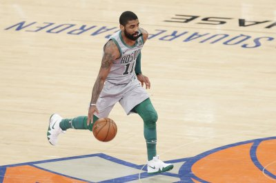 Celtics' Kyrie Irving toys with Rockets defense with sick handles