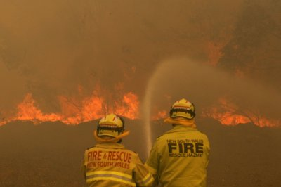 Australia wildfires: Officials raise death toll to 4