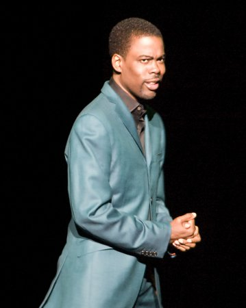 Chris Rock breaks British comedy record