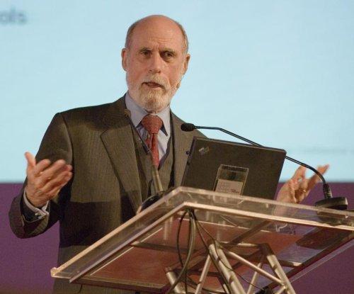 """Internet guru Vint Cerf: Beware of """"digital Dark Age"""""""