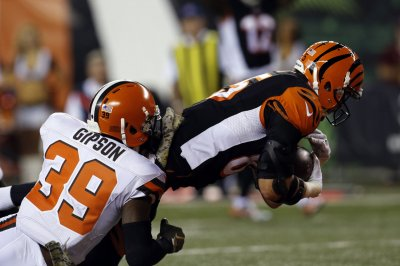 Cincinnati Bengals improve to 8-0 by beating Cleveland Browns