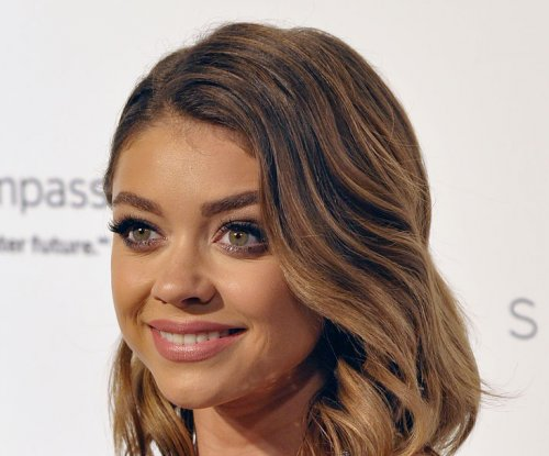 Sarah Hyland joins Abigail Breslin in 'Dirty Dancing' remake