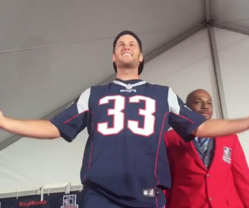 Tom Brady makes first public appearance since four-game suspension