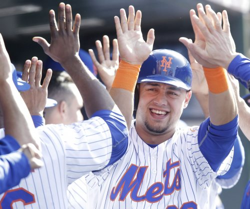 Michael Conforto, Curtis Granderson lead New York Mets past Philadelphia Phillies