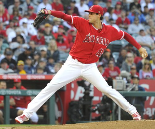 Angels face old friend Cron, Rays