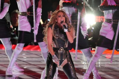 Jennifer Lopez, Live Nation ink multi-year deal for concert events