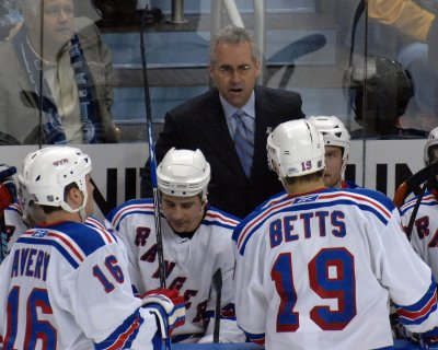 Rangers fire Coach Tom Renney