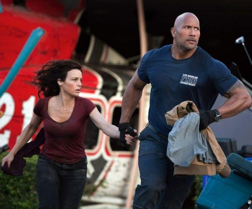 Dwayne Johnson stars in first photos from 'San Andreas'