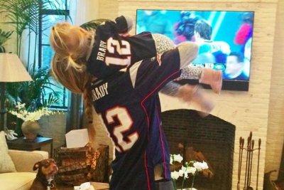 Gisele Bundchen celebrates Patriots win with her daughter on Instagram