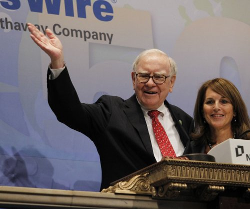 Warren Buffett: America's next generation is 'luckiest crop in history'