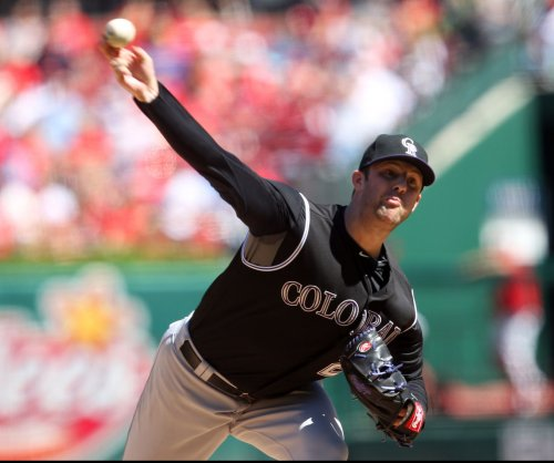 Jordan Lyles helps Colorado Rockies beat Cincinnati Reds