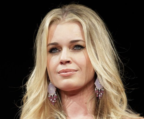 Rebecca Romijn: Kendall Jenner and Gigi Hadid 'are not true supermodels'