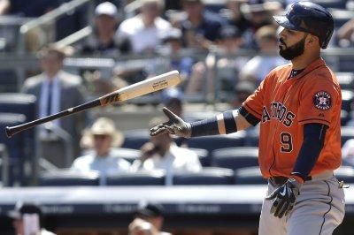 Houston Astros ink first baseman Marwin Gonzalez
